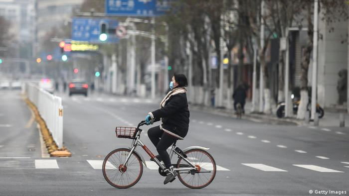 Casi todas las calles están vacías en Wuhan. Allí viven once millones de personas, y 58 millones habitan la periferia.