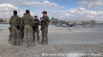 IFoto de soldados estadounidenses en Ain al-Asad.