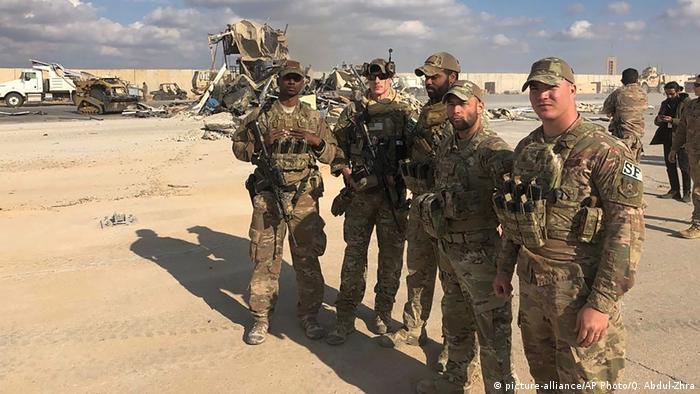Fotos de soldados estadounidenses en Ain al-Asad.