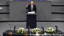 Deutschland Berlin Gedenkveranstaltung im Bundestag für die Opfer der Nazidiktatur