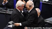 Deutschland Berlin Gedenkveranstaltung im Bundestag für die Opfer der Nazidiktatur | Präsident Steinmeier und Reuven Rivlin