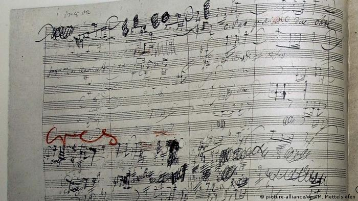 Facsimile of the score of the 9th Symphony