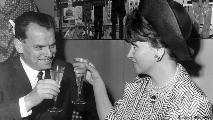 Альфред Бауэр и Джина Лолобриджида. Берлин, 1965 год