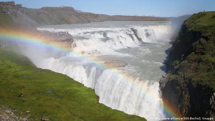 Iceland Gullfoss,waterfalls (picture-alliance/360-Berlin/J. Knappe)