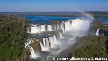 Drohnenansicht auf die Foz do Iguacu Wasserfälle