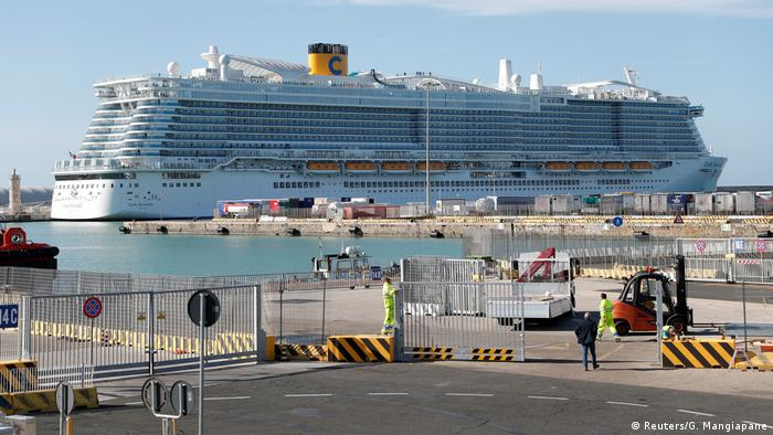 Italy cruise ship Costa Smeralda in the port of Civitavecchia (Reuters/G. Mangiapane)