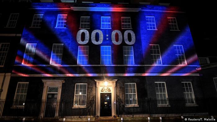 Уряд Великобританії влаштував невеличке світлове шоу на Даунінг-стріт