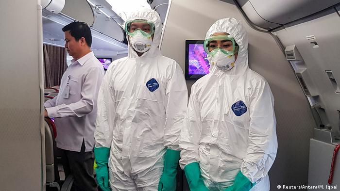 Persiapan evakuasi WNI dari Wuhan di Bandar Udara Soekarno Hatta (Reuters/Antara/M. Iqbal)