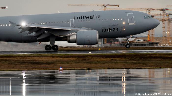 Deutschland Frankfurt a.M.   Wuhan-Rückholung   Airbus A310 Kurt Schumacher   Bundeswehr