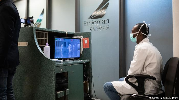 Äthiopien Flughafen Addis Abeba | Sicherheitsmaßnahmen gegen Coronavirus (Getty Images/L. Dray)