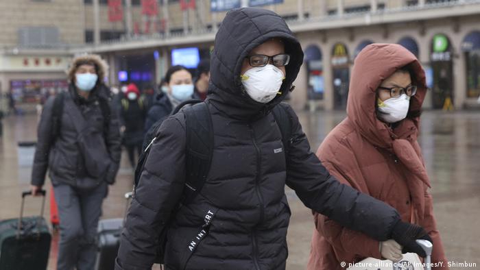 На вокзале в Пекине, 2 февраля 2020 года