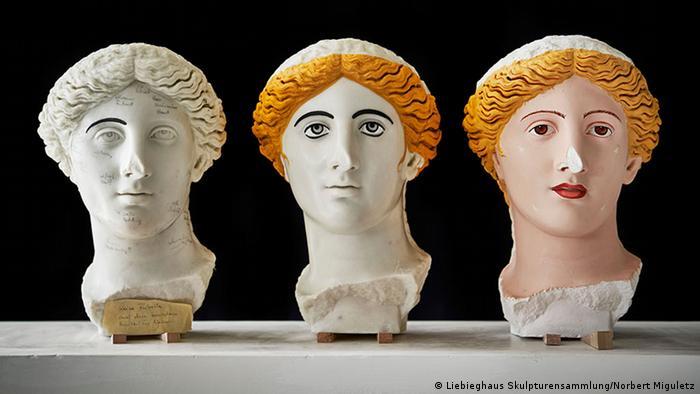 This head of a Roman goddess is part of an exhibition in Frankfurt | Ausstellung Bunte Götter (Liebieghaus Skulpturensammlung/Norbert Miguletz)