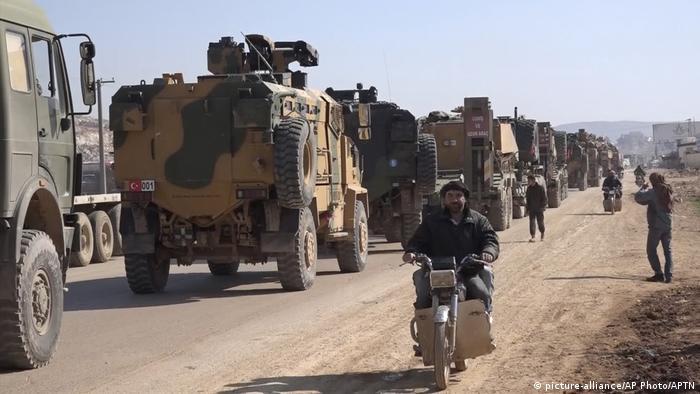 Syrien Militärfahrzeuge der Türkei