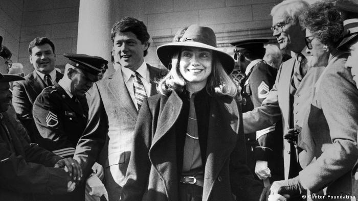 Escena de Hillary de Nanette Burstein