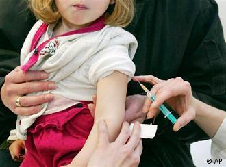 Вакцинація не входить до спектру послуг лікарняних кас
