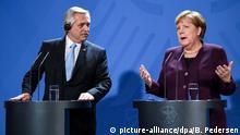 Deutschland Berlin Argentinischer Präsident Fernandez trifft Angela Merkel