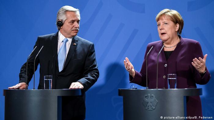 Reunión entre Fernández y Merkel en febrero de 2020.
