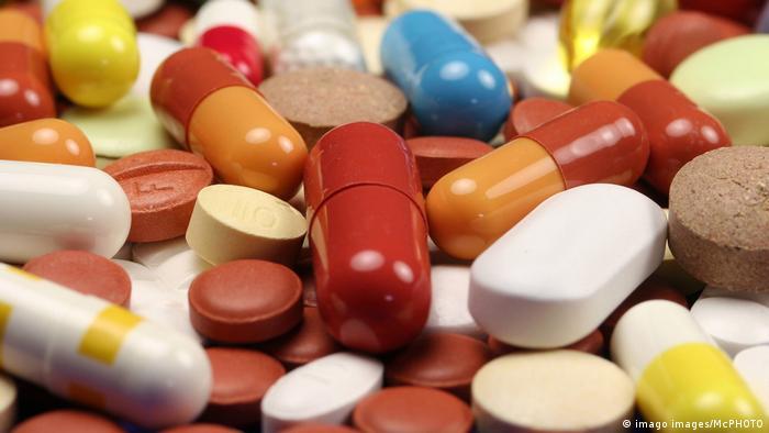Z powodu epidemii koronawirusa Covid-19 może zabraknąć w Europie leków