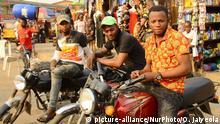 Nigeria Protest der Motorradtaxifahrer in Lagos
