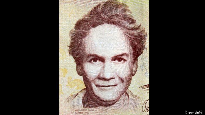 Carmen Lyra es el seudónimo de María Isabel Carvajal Quesada. Esta escritora, pedagoga y política costarricense es considerada la iniciadora de la literatura de su país. Fundó y dirigió la Escuela Normal Montessoriana, fue luchadora cívica y activista por los derechos de la mujer. En 2010 el Banco Central de Costa Rica creó un nuevo billete de 20.000 colones con su rostro en el anverso.