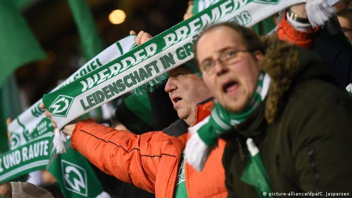 Fußball DFB Pokal | SV Werder Bremen vs Borussia Dortmund | Bremen Fans