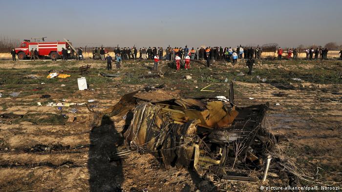 На місці падіння збитого літака МАУ в Ірані