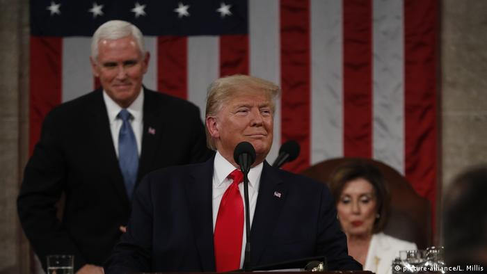 USA, Washington: Trump hält State of the Union Rede im Capitol (picture-alliance/L. Millis)