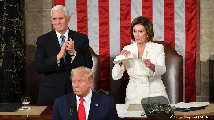 Mike Pence, Donald Trump and Nancy Pelosi (Getty Images/AFP/M. Ngan)