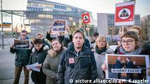 Deutschland l Proteste nach Ministerpräsidentenwahl in Thüringen l mit Kevin Kühnert SPD in Berlin
