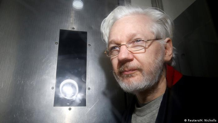 Julian Assange: Saint or sinner? | World| Breaking news and perspectives from around the globe | DW | 02.01.2021
