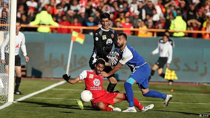 Iran Fussball l Esteghlal vs Persepolis Teheran (Irna)