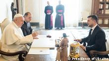 Treffen des ukrainischen Präsidenten Wolodymyr Selenskyj mit dem Papst Frasziskus