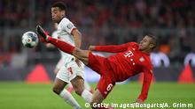 09.02.2020, MUNICH, GERMANY - FEBRUARY 09: Tyler Adams of RB Leipzig battles for possession with Thiago Alcantara of Bayern Munich during the Bundesliga match between FC Bayern Muenchen and RB Leipzig at Allianz Arena on February 09, 2020 in Munich, Germany. (Photo by Alex Grimm/Bongarts/Getty Images)