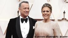 Tom Hanks, left, and Rita Wilson arrive at the Oscars on Sunday, Feb. 9, 2020, at the Dolby Theatre in Los Angeles. (Photo by Jordan Strauss/Invision/AP) |