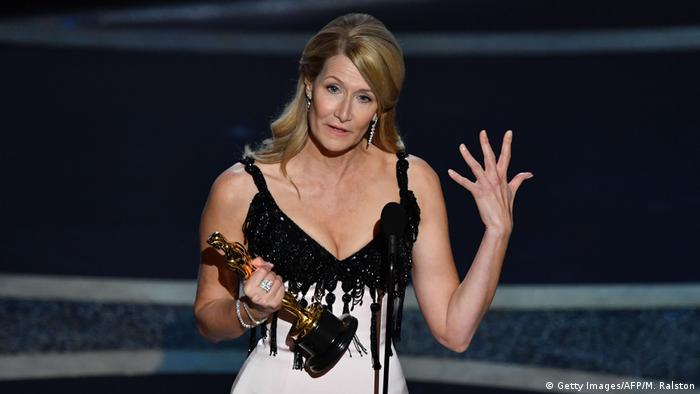 Laura Dern wins Best Supporting Actress Oscar (Getty Images/AFP/M. Ralston)