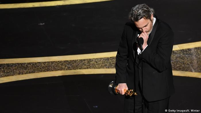 Los Angeles, Oscarverleihung: Joaquin Phoenix ist bester Hauptdarsteller (Getty Images/K. Winter)