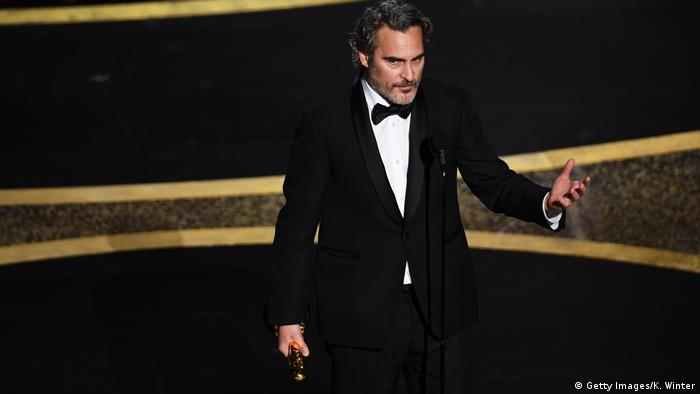 Los Angeles, Oscarverleihung: Joaquin Phoenix ist bester Hauptdarsteller (Getty Images/K. Winter)