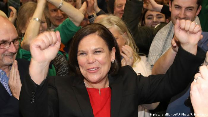 Parlamentswahl in Irland - Siegerin - Mary Lou McDonald (picture-alliance/AP Photo/P. Morrison)