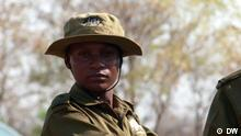 Zimbabwe's all-female anti-poaching teams Schlagwörter: Eco Africa, environment, Zimbabwe, wildlife, poaching, nature reserve