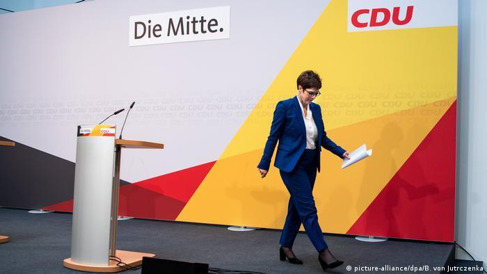 Berlin CDU Pressekonferenz Annegret Kramp-Karrenbauer (picture-alliance/dpa/B. von Jutrczenka)
