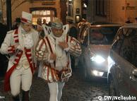 Карнавальный принц в Кельне и его кортеж в Старом городе