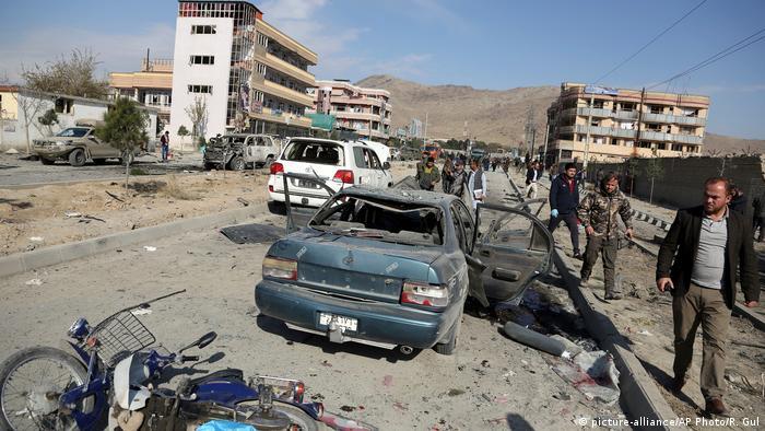Cena da ataque a bomba em Cabul