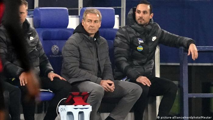 games of throne Fußball DFB-Pokal - FC Schalke 04 vs. Hertha BSC Berlin | Jürgen Klinsmann (picture-alliance/nordphoto/Meuter)