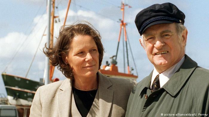 Кристина и Йоханес Рау в 1999 году на морском пароме по пути на остров Шпикерог