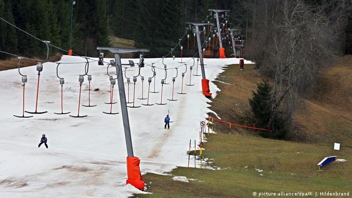 Deutschland Schneemangel am Tegelberg