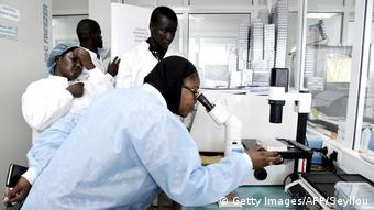 Afrika Senegal Coronavirus Pasteur Institute in Dakar