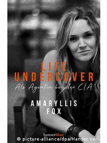 Το εξώφυλλο του βιβλίου της Φοξ «Life Undercover»