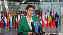 Brüssel NATO-Ministertreffen Kramp-Karrenbauer