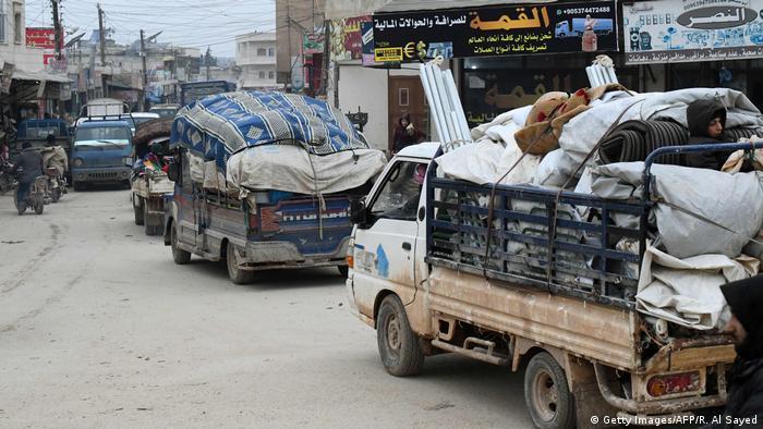 Aralık ayından bu yana 700 bin sivilin evlerini terk etmek zorunda kaldığı belirtiliyor