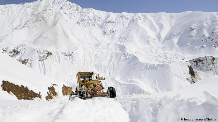 Afghanistan Pandschschir Provinz Winter in den Bergen